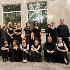 La orquesta llega a Rosario. El violinista Gidon Kremer es el director de la agrupación surgida en 1997, que integran artistas de Lituania, Letonia y Estonia.