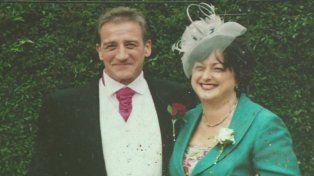Veterano. Clive Jefferies y Samantha. El sobrevivió a la guerra de Malvinas.