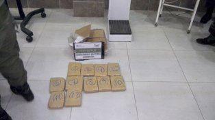 Gendarmería secuestró en la Terminal  9 kilos de marihuana enviada por encomienda