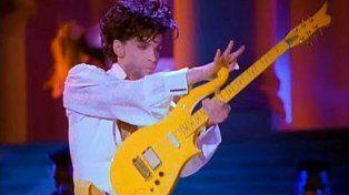 Subastaron la guitarra de Prince