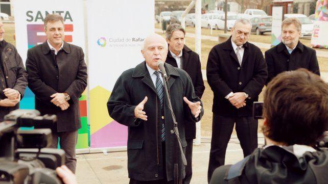 Anuncio. El gobernador Lifschitz y el intedente rafaelino presentaron el proyecto.