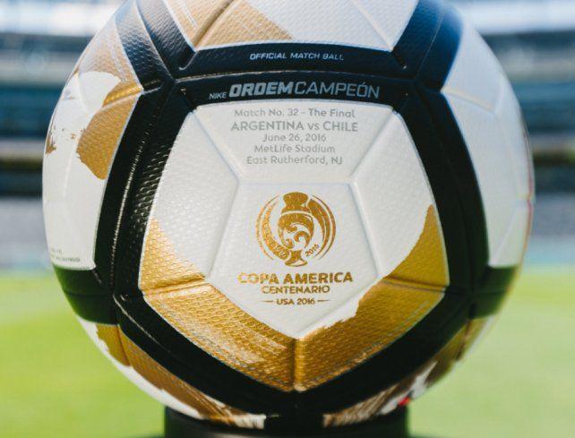 a7aade2c9d95d Así es la pelota de la final de la Copa América entre Argentina y Chile