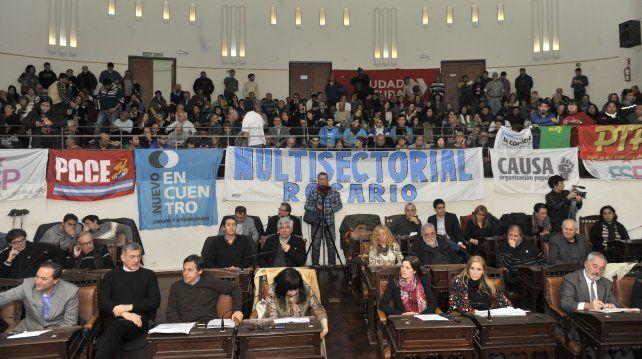 reclamo. La multisectorial pidió parar el tarifazo en distintos ámbitos públicos.