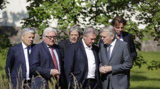 apurados. Los ministros de Exteriores europeos lanzaron un ultimátum.