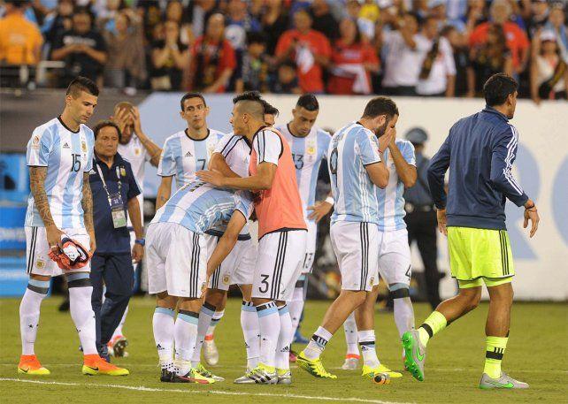 Otros jugadores analizan seguir los mismos pasos que Messi y dejar la selección.