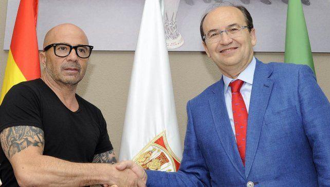 Sampaoli fue presentado como nuevo DT de Sevilla.