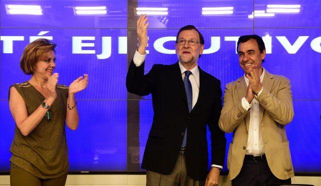Aplaudido. Mariano Rajoy al llegar a la reunión de la cúpula del PP