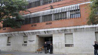 Volver. El centro de salud sanlorencino atiende nuevamente a los jubilados en la avenida San Martín.