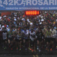Los 5 mil hijos del viento que desafiaron al clima para estar en el XV Maratón de la Bandera