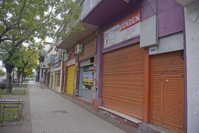 Un informe la Concejalía Popular reveló que en Rosario hay más de 1.500 locales que han cerrado en los últimos meses.
