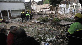 En ruinas. Más de diez viviendas sufrieron daños por la explosión de ayer a la madrugada.