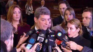 Rosatti juró como ministro de la Corte Suprema y aseguró que los jueces deben pagar ganancias