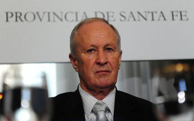 Independiente. Lamberto tuvo que desafiliarse del PS para ocupar el cargo.