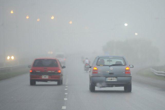 Bancos de niebla se registran en una amplia zona de la provincia.