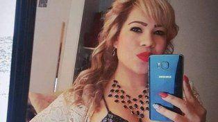 Una mujer ebria atropelló y mató a un hombre y llevó el cadáver en el parabrisas un kilómetro