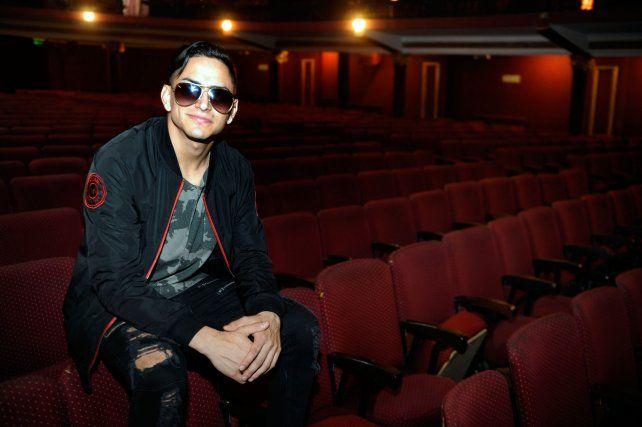 Dulce espera. Müller grabó en el teatro Broadway dos videoclips con músicos de Amapola. Hoy compartirán escenario.