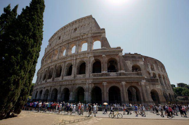 Imponente. El anfiteatro Flavio fue mandado a construir por el emperador Vespasiano en el año 72 d.C.