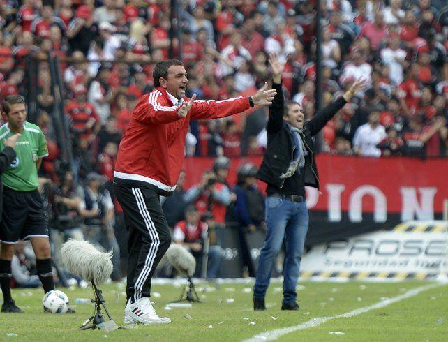 Técnicos. Osella y Coudet no dirigirán a sus equipos en el inicio de la Copa Santa Fe. El derby volvería a enfrentarlos.