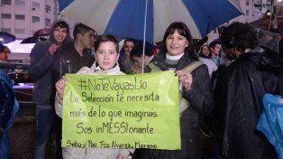 En Buenos Aires se manifestaron con banderas y carteles.