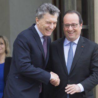 El encuentro. El presidente Macri y su par francés, François Hollande, se reunieron en el Palacio Elíseo de París.