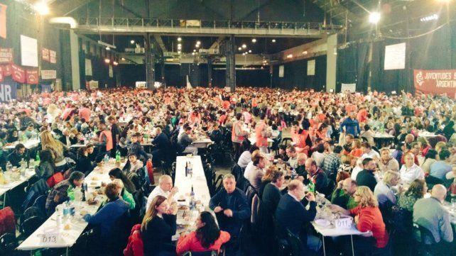 El Partido Socialista celebró sus 120 años de vida con un multitudinario locro popular
