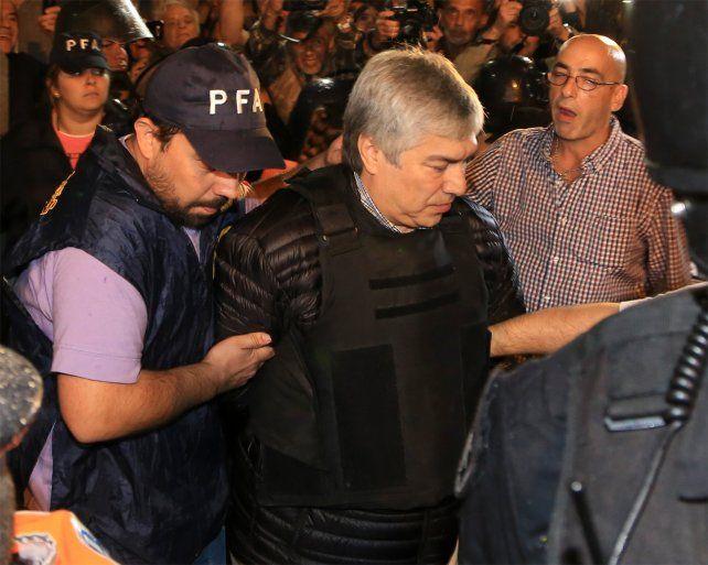 El empresario rompió el silencio desde la cárcel y negó ser testaferro de la familia Kirchner.