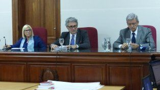 tribunal 2. Jueces federales Barabani