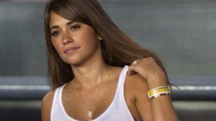 Antonella Roccuzzo es sostén y compañera de Messi en la intimidad.
