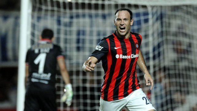 Mauro Matos llegó a un acuerdo con Newells, que negocia con San Lorenzo por su pase
