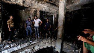 desolador. El interior totalmente destruido del centro comercial atacado por el Estado Islamico el domingo.