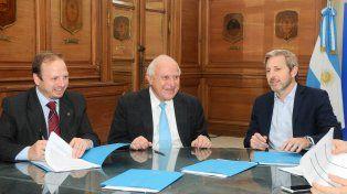 Frigerio y Lifschitz acordaron la construcción de 630 viviendas en la ciudad de Rosario