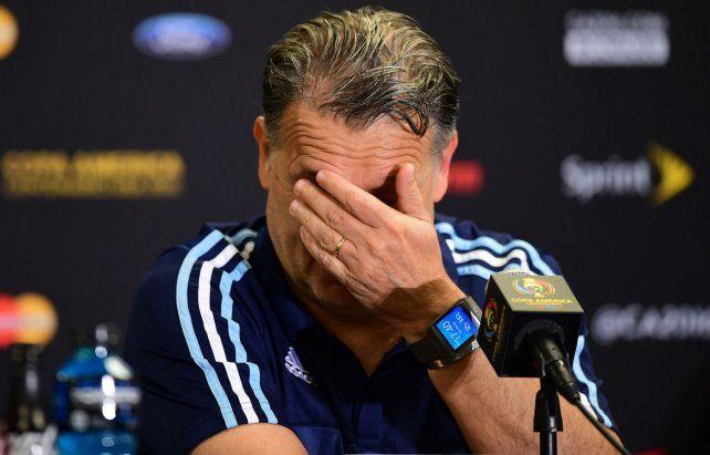 Se cansó y se fue. La segunda final perdida con Chile fue el inicio de una salida que se insinuaba.