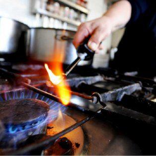 defensa del consumidor advierte que no hay que pagar la boleta de gas hasta que la corte se expida