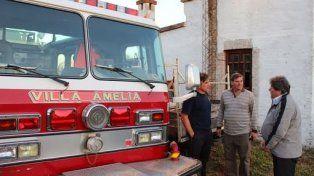 La autobomba de Villa Amelia se suma al servicio de la población.