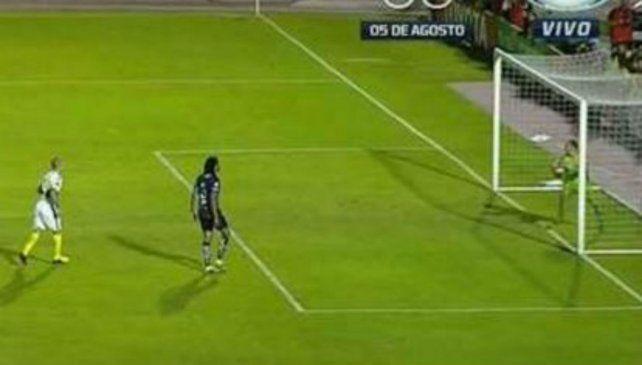 El gol de la polémica que no le cobraron a Boca en la caída en semis en Ecuador