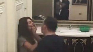 Imágenes impactantes: un hombre golpeó a su esposa en un reality de televisión