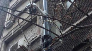 Tras la denuncia de Cristina, la Policía Federal retiró las cámaras de seguridad de la puerta de su edificio
