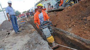 En ejecución. Trabajos correspondientes a la tercera etapa del tendido cloacal en el barrio Empalme Graneros