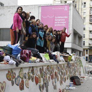 Unos cien artistas participaron ayer en San Luis y Moreno del mural, en simultáneo con otras 130 ciudades.
