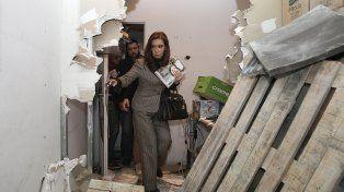 Solidaridad. Cristina visitó la destruida redacción de Tiempo Argentino.