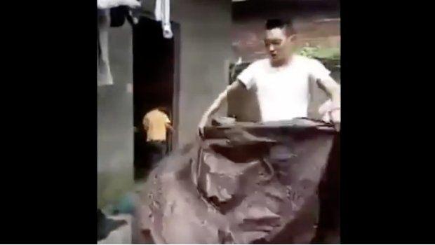 Un hombre se filmó cuando intentaba desaparecer, pero mirá lo qué pasó
