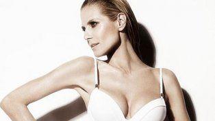 Heidi Klum calentó el verano europeo con su producción en ropa interior y traje de baño
