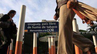 Uruguay dispuso que el 80% de las cajas de cigarrillos contengan advertencia por el daño que causan.