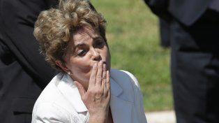 El desplazamiento de Dilma Rousseff de la Presidencia generó un debate muy fuerte entre analistas políticos e intelectuales brasileños.