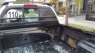 Más de 200 siniestros. Ayer la camioneta mostraba los rastros del fuego.