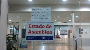 Sin atención al público en las oficinas de la API por una asamblea de trabajadores