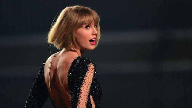 Taylor Swift, la celebridad que más ganó en el último año, segun la revista Forbes