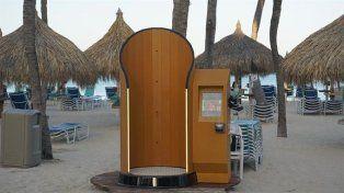 La empresa de desarrollos tecnológicosSnappyScreen creó una máquina para ponerse protector solar sin tener que untarse la piel.