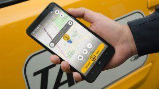 La aplicación comenzó a sancionar a los usuarios y choferes que cancelan más del 30 por ciento de los servicios.
