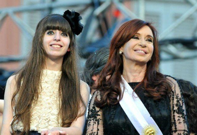Ordenan fajar las cajas de seguridad de Florencia Kirchner en el banco Galicia